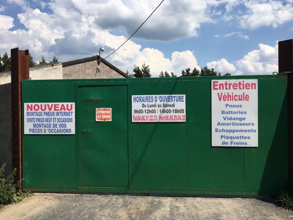 à Saint-Chély-d'Apcher, une casse et garage automobile